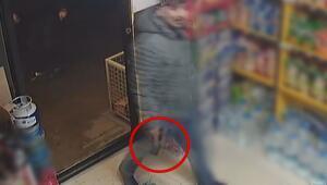 Kızgın müşteri tekel bayiyi bastı