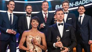 Yılın sporcuları ödüllerini aldı