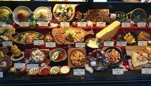 Japonyada 90 yıllık gelenek: Yemek maketleri