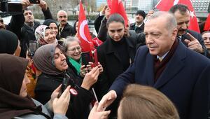 İsviçre'deki Türk vatandaşlarından Erdoğan'a coşkulu karşılama