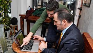 Beyoğlu Belediye Başkanı Yıldız, AAnın Yılın Fotoğrafları oylamasına katıldı