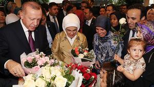 Son dakika haberi: Cumhurbaşkanı Erdoğan'a Malezya'da coşkulu karşılama