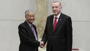 Cumhurbaşkanı Erdoğan Malezya Başbakanı Mahathiri kabul etti