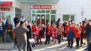 Son dakika haberleri: Erbaada 41 öğrenci gıda zehirlenmesi şüphesiyle hastaneye kaldırıldı