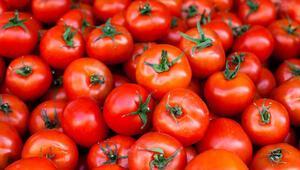 Rüyada domates görmek ne anlama gelir Rüyada domates toplamak ve yemek tabiri
