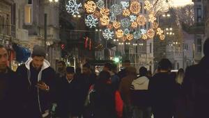 İstiklal Caddesi yeni yıla daha yeşil, ışıl ışıl , lavanta ve gül kokularıyla girecek