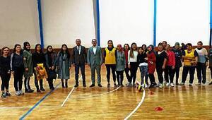Nurdağı'nda voleybol turnuvası
