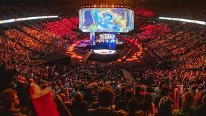 League of Legends Dünya Şampiyonası finali izleyici rekoru kırdı