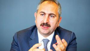 Adalet Bakanı Gül Hürriyet'e konuk oldu: Açık cezaevinde yeni model