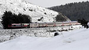 Kış mevsiminde yolculuğa binlerce bilet talebi