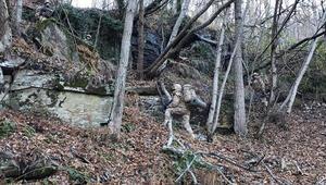 Ormanın içinde 6 katlı sığınak bulundu