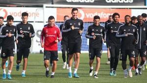 Beşiktaşta derbi mesaisi sürüyor