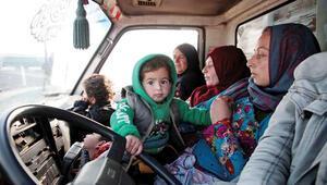 İdlib'den göç edenler Türkiye'ye alınmayacak