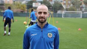 Efecan Karaca: Trabzonspor, Beşiktaş ve Galatasaray'dan teklif aldım