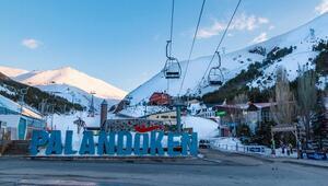 Palandöken Kayak Merkezi hafta sonları cıvıl cıvıl