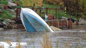 Lodostan etkilenen balıkçı teknesinin batma anı