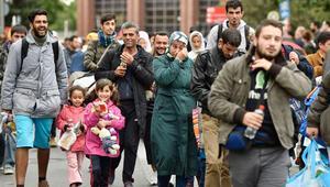 Almanya, Noel'e mülteci korkusuyla girdi