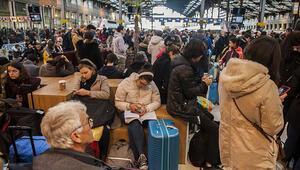Fransada grevler günlük hayatı zorlaştırıyor