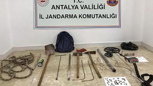 Antik kentte kaçak kazı yapan 6 şüpheli tutuklandı
