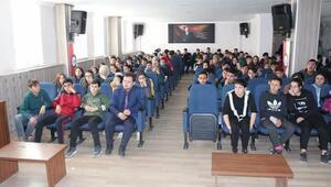 İmranlıda Gençlik ve güvenli gelecek konferansı