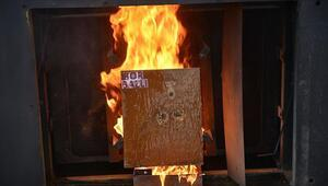 Yangınlara karşı bor madeninden jel ürettiler