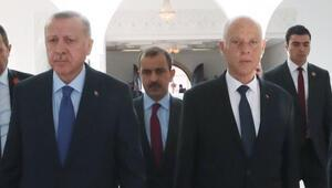 Son dakika: Cumhurbaşkanı Erdoğandan Tunusa sürpriz ziyaret