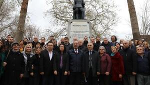 İsmet İnönü Mudanya'da anıtı önünde anıldı