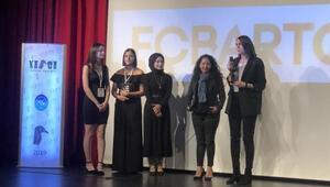 TOTALe Yılın En İyi Sosyal Sorumluluk Projesi Ödülü