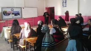 Öğretmenlere uyuşturucuyla mücadele semineri