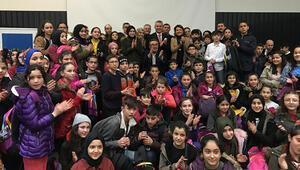 Gümüşhane'den 300 öğrenci İstanbul'da... 'Geleceğe Yolculuk' başladı