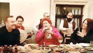 Cenk Eren, Selda Bağcan ve Zaradan müzik ziyafeti