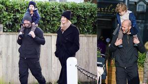 Oyuncu Jason Statham ve top model Rosie Huntington Whiteley minik oğullarıyla alışverişte
