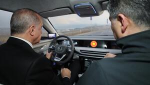 Son dakika: Ve Cumhurbaşkanı Erdoğan yerli otomobili kullandı...