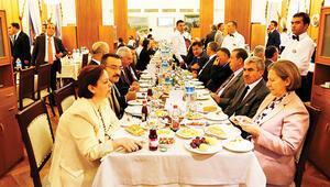 Ankara fısıltıları... Vekile yemek şakası muhasebeden döndü