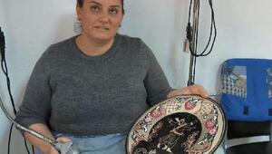 Tuncelili kadınlar, bakır işlemeciliğini yaşatıyor