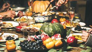 Yılbaşı  gecesi  kim, ne  yiyor Anadolu'da arabaşı,  İspanya'da 12 üzüm