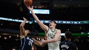 Bucks, Ersan İlyasovanın yıldızlaştığı maçta Magici yendi | NBAde gecenin sonuçları