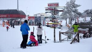 Kayak merkezleri yılbaşına hazır