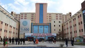 Diyarbakırda tatlı yedikten sonra rahatsızlanan 96 kişi taburcu oldu