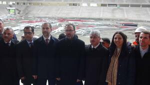 Bakan Kasapoğlundan Hatay Stadyumu inşaatında inceleme