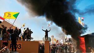 Irak'ta ABD elçiliğine baskın