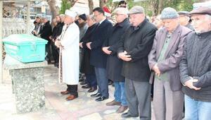 Alaşehirin eski başkanlarından Galip Şahyar öldü, törenle son yolculuğuna uğurlandı