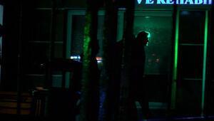 Eski CEOnun kaçışıyla ilgili gözaltına alınan 7 kişi sağlık kontrolünden geçirildi