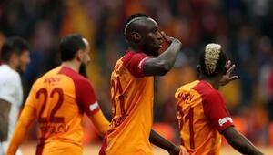 Mbaye Diagneden Galatasaray paylaşımı   Transfer haberleri