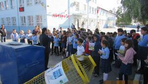 Çiğli Belediyesinden okullara çevre dostu hediye