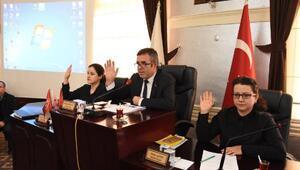 Yenişehir Belediye Meclisi'nde 3 kurumun yardım talebi onaylandı