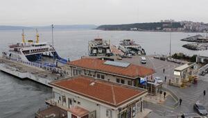Kuzey Ege ve Güney Marmaradaki feribot seferleri iptal edildi