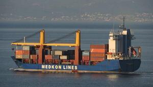 Son dakika... Fırtınaya yakalanan gemideki 6 konteyner denize düştü Gemi kaptanları uyarıldı
