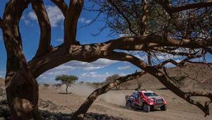 Dakar Rallisi'nin ilk gününde zirveye yükseldiler