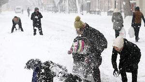 Sivasta yarın okullar tatil mi 7 Ocak Salı günü için kaymakamlıktan son dakika kar tatili açıklaması